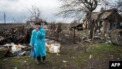 Никишино (оккупированная часть Донецкой области). Апрель 2015 года