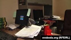 У офісе «Вясны» пасьля ператрусу