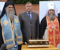 Yakunin present at the return of the right hand of John the Baptist from Montenegro to Moscow on June 7 (ITAR-TASS)