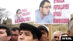 «Jurnalistlər geri çəkilməsələr, mübarizəni davam etdirsələr, nəticə əldə edə biləcəklər»