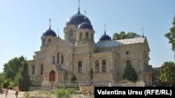 La mânăstirea Noul Neamț