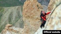 Альпинист на Памире (Таджикистан)