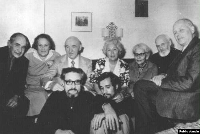Петр Григоренко с соратниками по демократическому движению в СССР