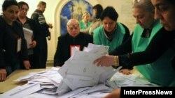 Під час підрахунку голосів, Тбілісі, 28 жовтня 2013 року