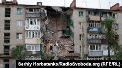 Разрушения в Славянске, 15 июля 2014 года