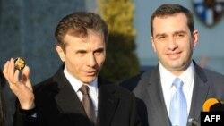 Грузинский премьер призвал западных политиков не бросать его страну на произвол судьбы, предложив им включиться в процесс реформирования Грузии
