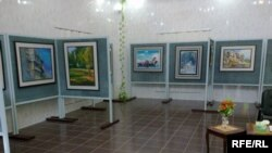 المعرض السنوي للفن التشكيلي الذي اقيم في النجف