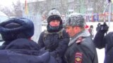 Navalny Supporters Arrested At Tomsk Rally