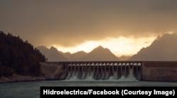 Hidroelectrica produce peste 20% din energia electrică utilă în timpul unei zile în România de consumatorii casnici și de firme.