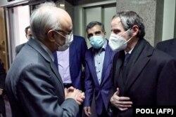 رافائل گروسی در دیدار با مقامهای ایرانی در تهران