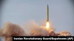Военные учения с запуском баллистических ракет в Иране. 16 января 2021 года