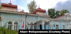 Томски татар мәдәни үзәге бинасы, элекке Кәрим бай йорты
