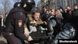 Задержание на митинге, иллюстративное фото