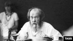 Aleksandr Solzhenitsyn in 1994, after his return to Russia
