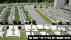 Поховання польських «Орлят» на Личаківському кладовищі