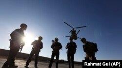 Военнослужащие в Афганистане. Иллюстративное фото.