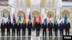 ТМД саммитіне жиналған мемлекет басшылары. Минск, 10 қазан 2014 жыл.