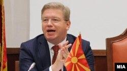 Еврокомесарот за проширување на ЕУ Штефан Филе