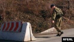 На фоне демарша российской делегации де-факто власти Южной Осетии сообщили о предстоящем укреплении «границы с Грузией». И сделано это будет, по словам югоосетинского лидера, во взаимодействии с Россией