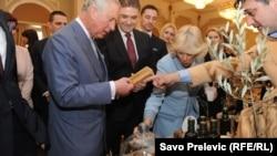 Princ Čarls u posjeti Crnoj Gori razgledao je i maslinova ulja, Cetinje, mart 2016, foto: Savo Prelević