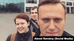Алексей Навалний баъди раҳоияш аз боздошт, рӯзи 30-юми сентябр дар як роҳпаймоӣ дар Оренбург иштирок кард