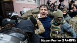 Міхеїл Саакашвілі під час затримання в Києві, 5 грудня 2017 року