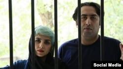 Eýranly şahyrlar Fatemeh Ehtesari we Mehdi Mousawi