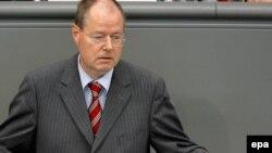 "Германия финанс министры Пеер Штайнбрюк: ""Җитди шигебез бар"""