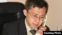 Жазба ақын Алмат Исаділ. Алматы. 2008 жыл. Сурет жеке мұрағаттан алынған.