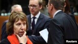 Кэтрин Эштон во время экстренного заседания Совета министров ЕС