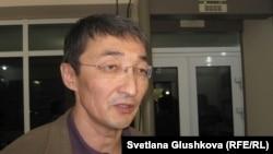 Адвокат Нұрлан Бейсекеев.