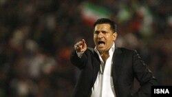 علی دایی که از دی ماه گذشته مربی گری تیم فوتبال پرسپولیس را برعهده داشت در پنج بازی گذشته متحمل باخت شده بود.