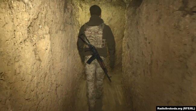 Військовий бліндаж на адмінкордоні з Кримом