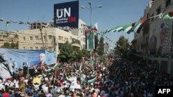 جشن فلسطینی ها در شهر الخلیل (حبرون).
