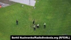 Слідчі дії на території посольства США в Києві