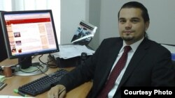м-р Кренар Лога Претседател на Демократската Младина на Албанците (ДМА-ДПА)