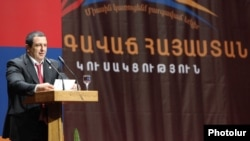 Armenia - Gagik Tsarukian addresses a pre-election congress of his Prosperous Armenia Party in Yerevan, 17Mar2012.