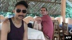 Фото двох французьких громадян, викрадених у Беніні 1 травня і сьогодні звільнених під час спецоперації