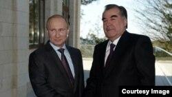 Аксҳо аз ҷараёни мулоқоти Путин ва Раҳмон
