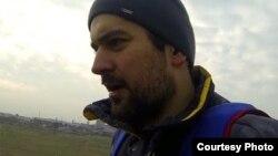 Не очень многие люди на планете решаются заняться прыжками с парашютом со зданий и отвесных скал, ведь это не только незабываемые ощущения, но и риск для жизни