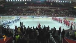 Russian, Czech Officials Face Off In Hockey Match