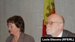 Lise Christoffersen și Piotr Wach, raportorii APCE la Chișinău