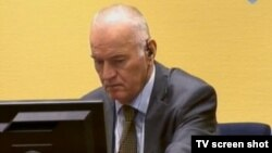 Ratko Mladić u sudnici 6.lipnja 2013.
