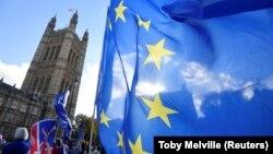 Flamuri i BE-së në Londër.