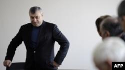 Развернув уже в декабре прошлого года предвыборную активность, Кокойты успел встретиться со своими сторонниками в Цхинвале и Владикавказе