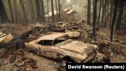 Штети предизвикани од пожарите во Калифорниа.