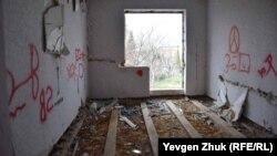 Покинутий будинок в Севастополі, ілюстративне архівне фото