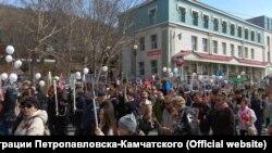 """Шествие """"Бессмертного полка"""" в Петропавловске-Камчатском, 9 мая 2019 года"""