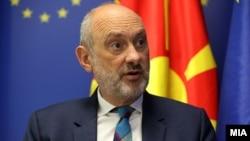 Eвроамбасадорот во Северна Македонија, Дејвид Гир