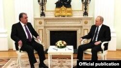 Президенты РФ и Таджикистана Владимир Путин и Эмомали Рахмон в Кремле.